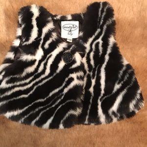 Infant faux fur vest